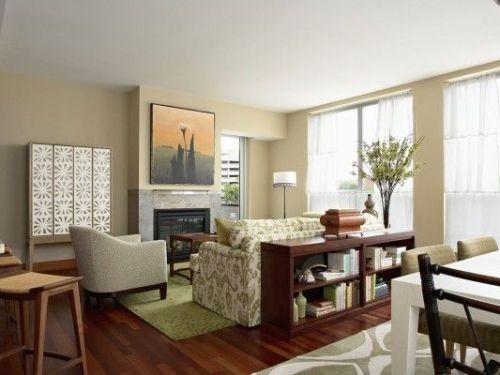 Lantai 2 rumah minimalis bisa dirancang sebagai living space yang nyaman