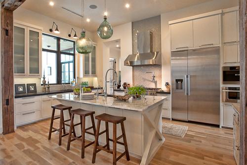 Dapur mewah dengan furniture bernuansa kontemporer