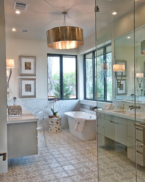 Kamar mandi mewah minimalis dengan outdoor view