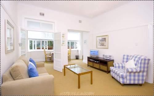 Contoh desain interior rumah type 45 tanpa sekat permanen