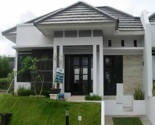 Contoh pintu kaca minimalis 2 daun pada rumah type 60