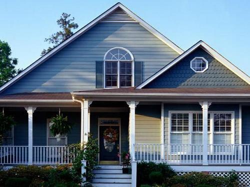 Eksterior rumah bernuansa biru