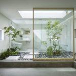 Gambar Taman Dalam Rumah Minimalis Tropis Yang Sejuk