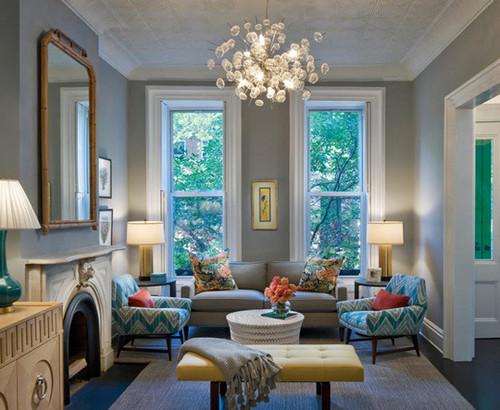 Ruang tamu kontemporer dengan warna pastel