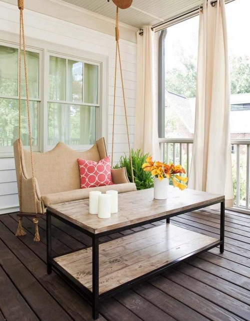 Teras rumah minimalis bernuansa kayu