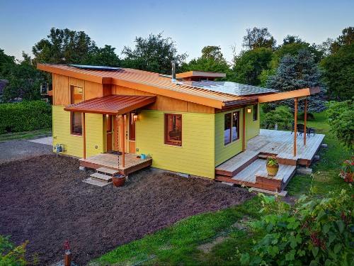 profil teras rumah minimalis dengan lantai parket