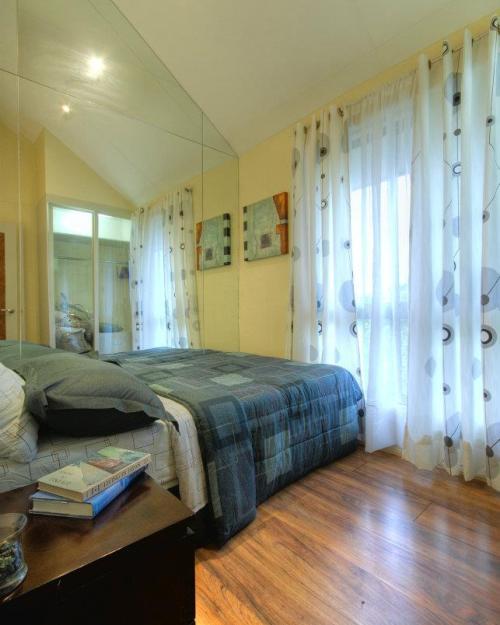 Contoh interior kamar tidur rumah type 36 2 lantai