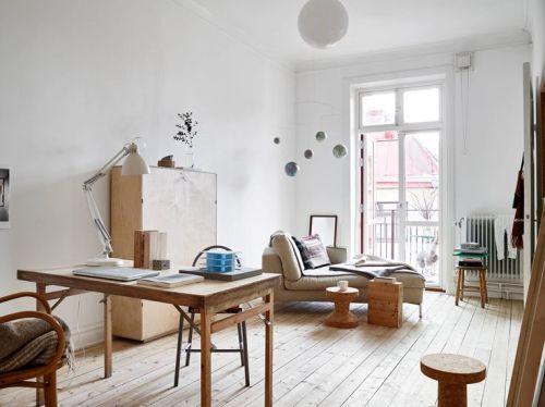 Furniture kayu  menghadirkan nuansa tropis