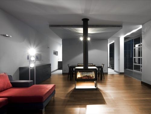 Interior rumah minimalis dengan plafon fiber