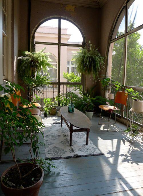 Taman indoor minimalis berfungsi menyegarkan ruangan