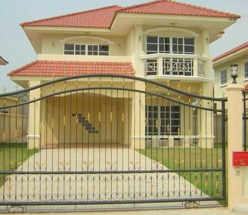 model pagar minimalis terbaru berbahan besi untuk rumah bergaya mediterania