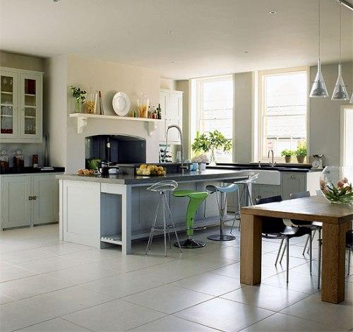Dapur open-plan menyatu dengan ruang makan