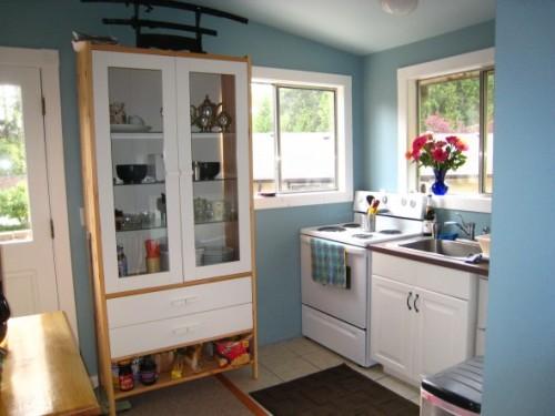 rak transparan untuk dapur minimalis