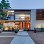 Desain Rumah Minimalis 2 Lantai Dengan Ruang Terbuka