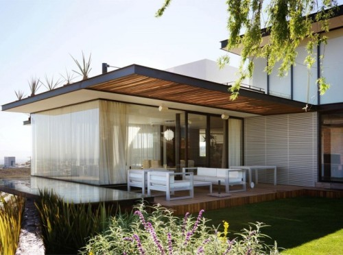 Bentuk Teras Rumah Minimalis dengan furniture minimalis
