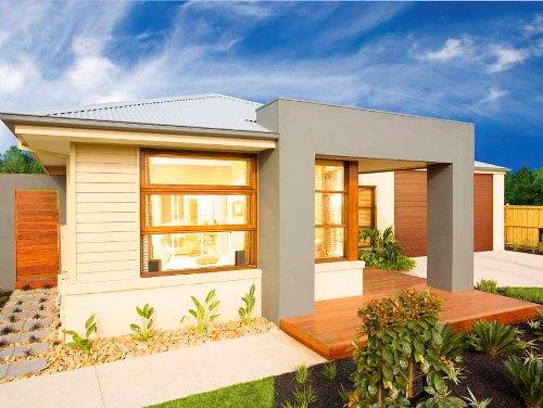 Desain rumah modern dengan campuran kayu, beton, dan lantai parket