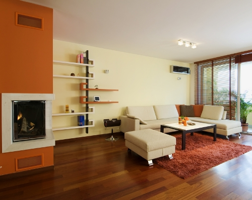 Nuansa coklat penuh energi di ruang keluarga  - Shutterstock