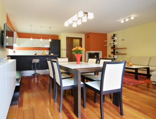 Ruang makan di rumah kecil minimalis - Shutterstock