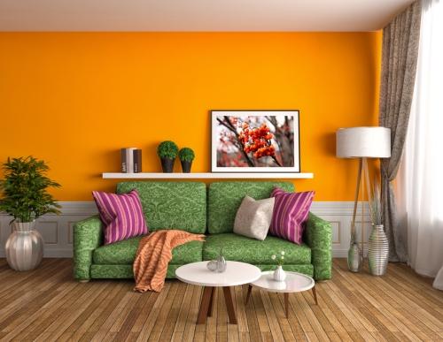 Kombinasi orange-Hijau untuk ruang keluarga - Shutterstock