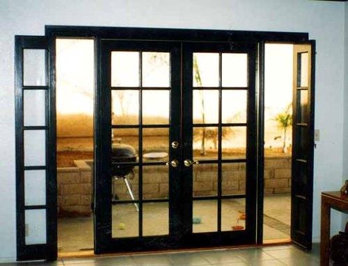 Pintu rumah minimalis bergaya Prancis dengan frame kayu - French-doors
