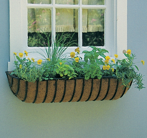 Windows planter berdesain unik - Kinsmangarden
