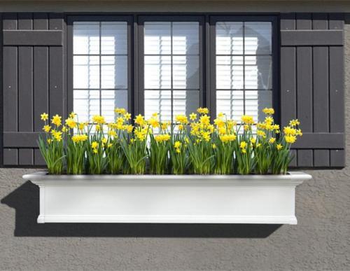 Windows planter dengan desain sederhana namun apik - Interiordesigntahoe