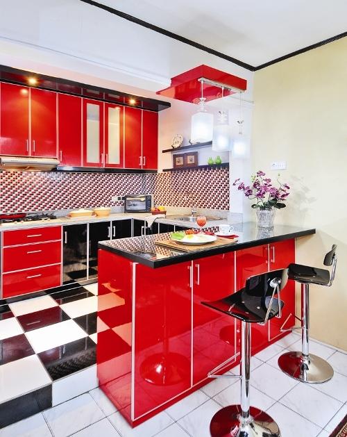 Dapur minimalis berwarna merah stabilo - Ideaonline