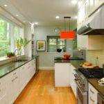 Desain Dapur Rumah Minimalis Model Double Line