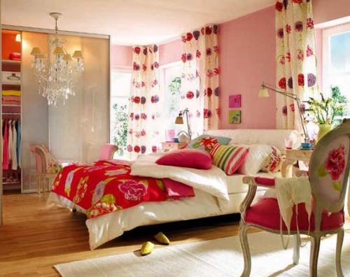 Kamar tidur full-color dengan tema shabby chic (Zerodecor)