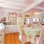 Desain Interior Dapur Sederhana? Shabby Chic Saja!