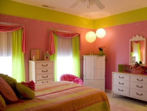 Kamar tidur vintage dengan pink dan hijau (Shedhouseplans)