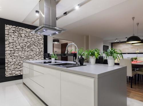 Contoh aplikasi dinding batu alam di dapur (Fotolia)