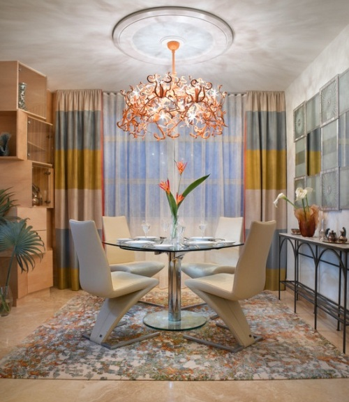 Contoh gorden dengan motif minimalis untuk apartemen (Bestdesigntrends)