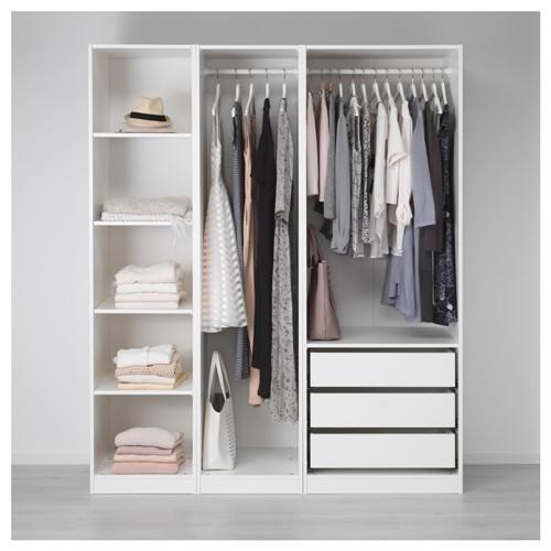 Contoh lemari pakaian tanpa pintu (Ikea)