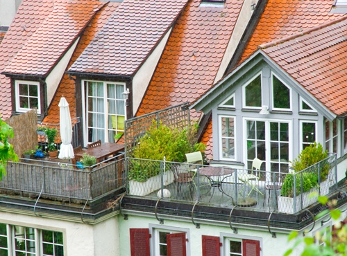 Dekorasi Balkon Rumah Minimalis Fotolia