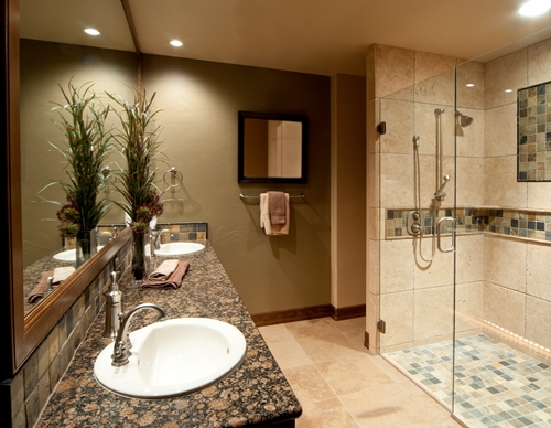 Renovasi kamar mandi rumah (Burnshomeconstruction)