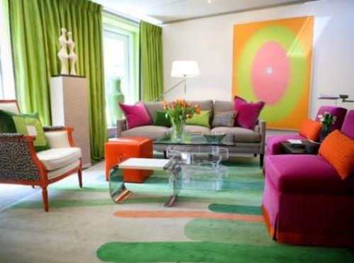 Dekorasi rumah minimalis bertema pelangi di ruang tamu (Mintleafberkeley)