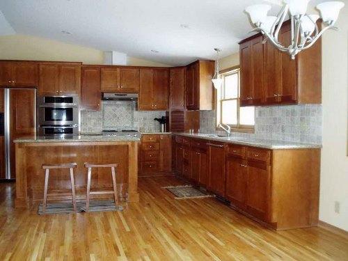 Tips memilih lantai dapur (Inthecreation)
