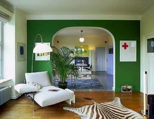 Contoh desain interior dengan tema yang terlalu banyak (Homedit)
