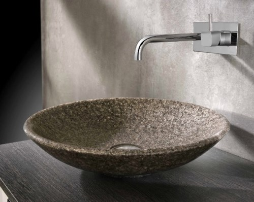 Contoh wastafel unik dari bahan batu (Houzz)