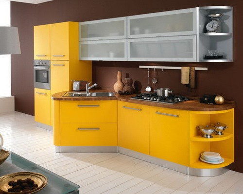 Kitchen set unik sebagai focal point di dapur (Chowbids)