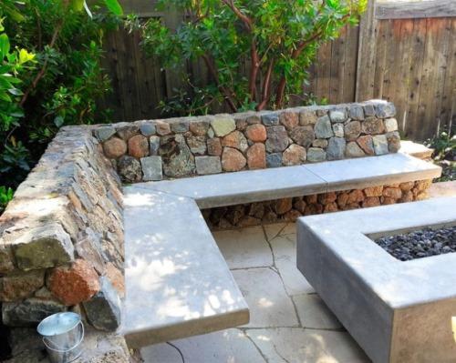 Contoh ide dekorasi patio dari bahan campuran (Westphoria.sunset)
