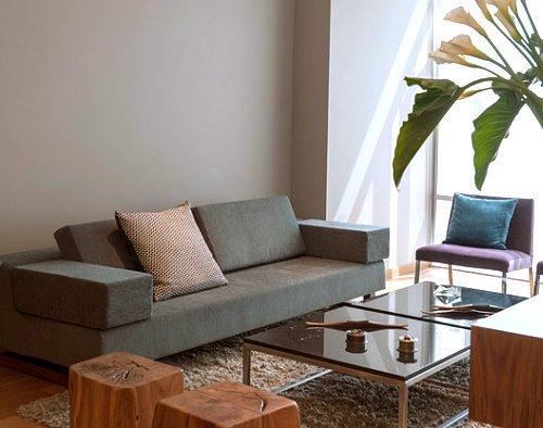 Contoh furniture minimalis di ruang tamu