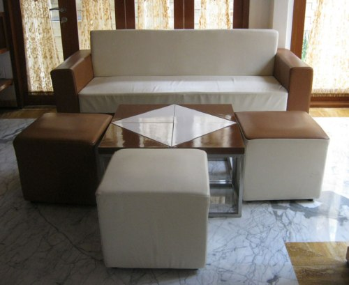 Contoh sofa minimalis untuk rumah mungil sederhana