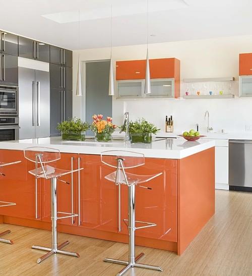 Dapur kontemporer dengan sentuhan warna citrus