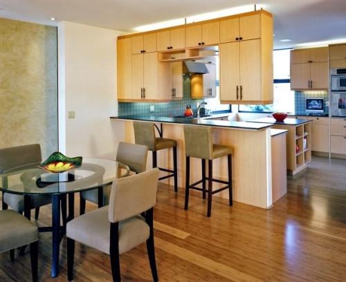 Dapur minimalis dan ruang makan tanpa sekat permanen