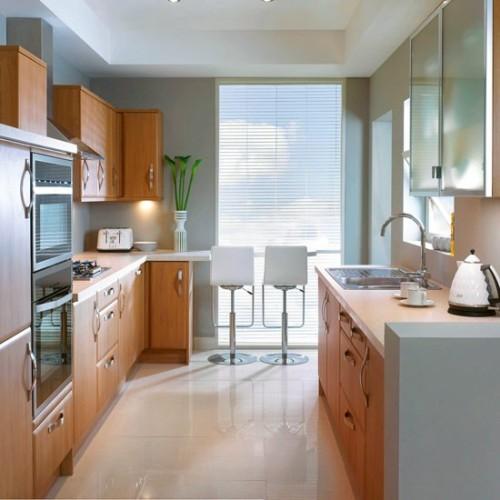 Dapur model double line dengan cabinet kayu - Housetohome