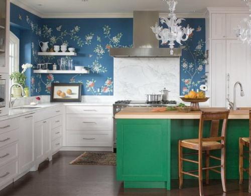 Desain dapur klasik dengan wall mural motif floral (Highwayswest)