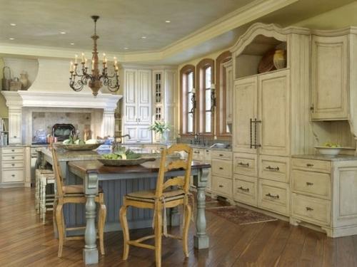 Interior dapur bergaya perancis