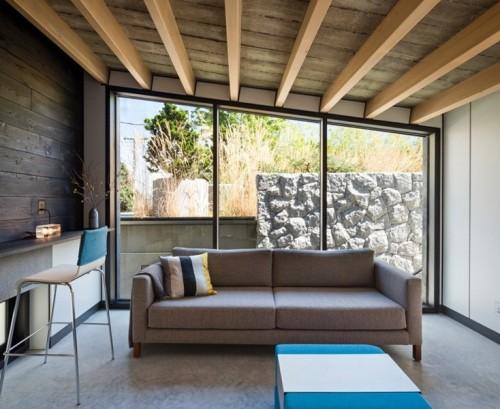 Jendela Kaca Mati pada rumah tingkat minimalis modern - Homedit